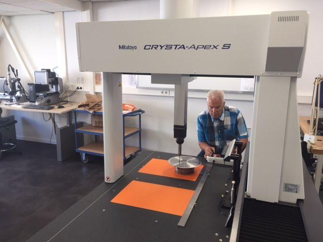 Hochpräzise Messungen mit dem neuen Mitutoyo  3D-Messgerät
